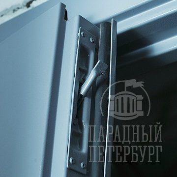 На техническую дверь_4