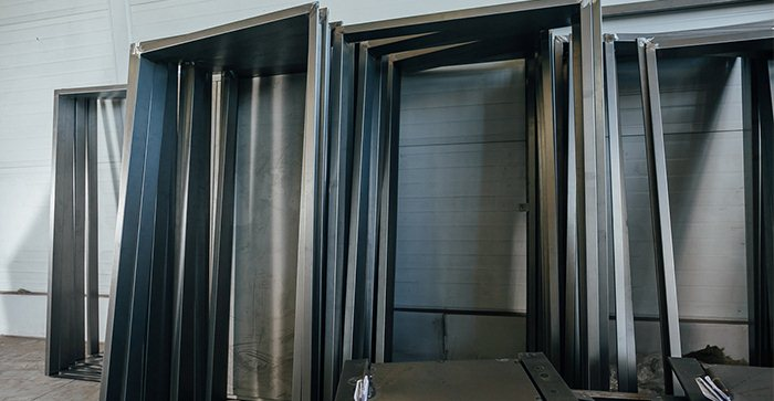 Производство входных дверей в СПб
