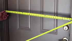 Замер и установка входной двери в СПб