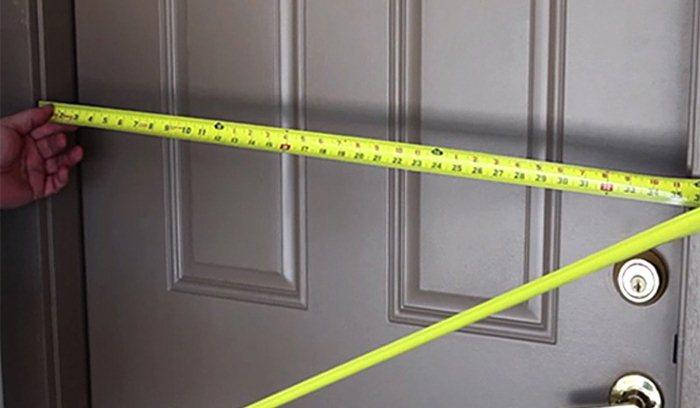 Заказывайте замер и установку входной двери в СПб