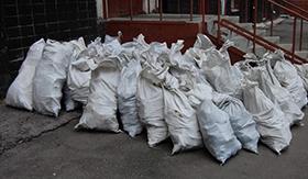 Уборка и вывоз мусора после установки дверей в СПб